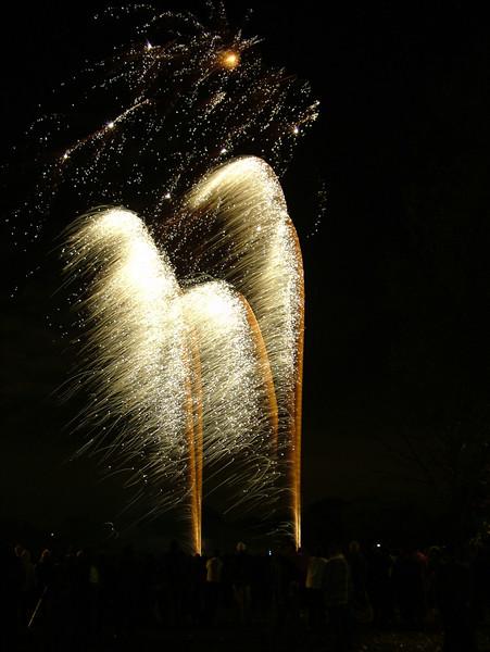 2005_1028tootingfireworks027_edited-1.JPG