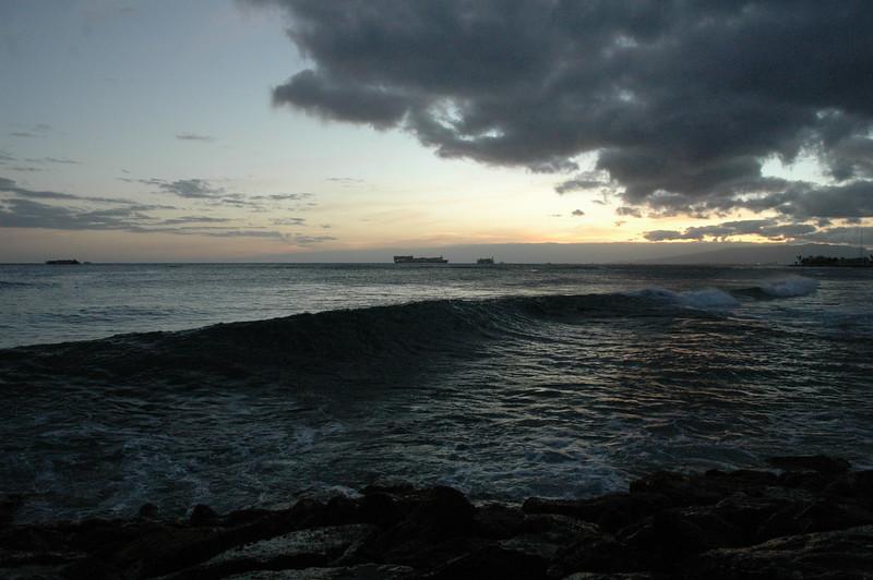 Hawaii - Ala Moana Beach Sunset-141.JPG