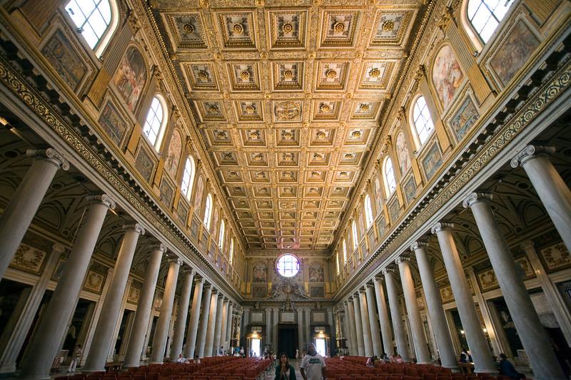 Main nave of Santa Maria Maggiore basilica, Rome