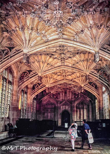 199607_Bodleian_Library_-_Oxford-Edit.jpg