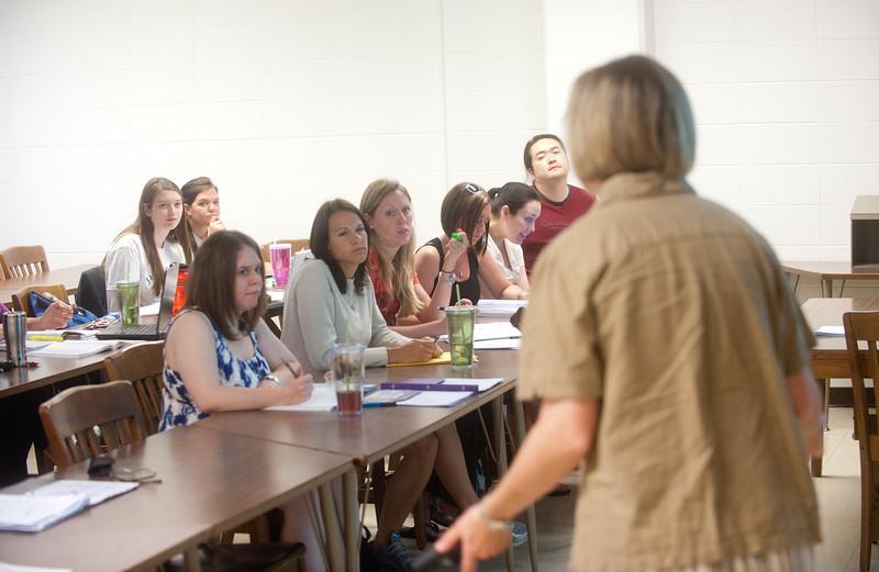 05_31_11_nursing_classroom-4042.jpg