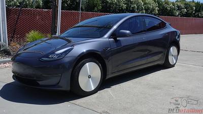 Tesla Model 3 - Midnight Silver 4