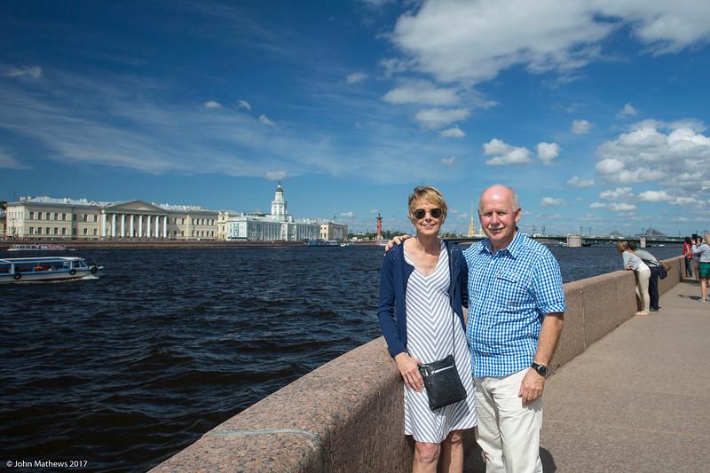 20160716 Janet & John by the River Neva - St Petersburg 732 a NET.jpg