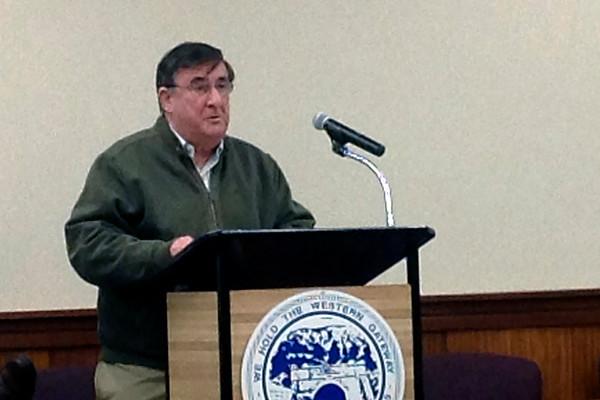 John DeRosa speaks at Council meeting