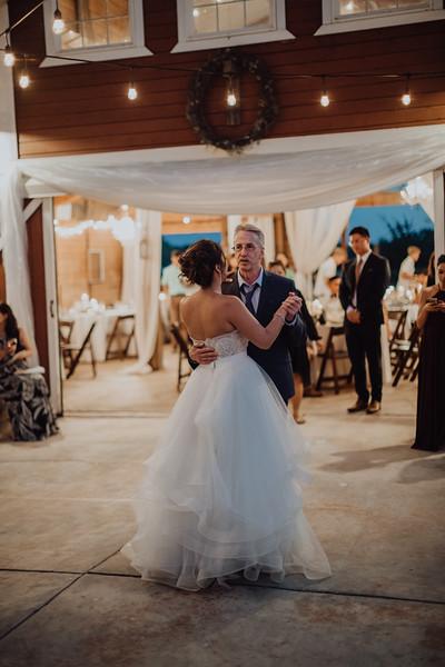 2018-09-22_ROEDER_AlexErin_Wedding_CARD2_0243.jpg