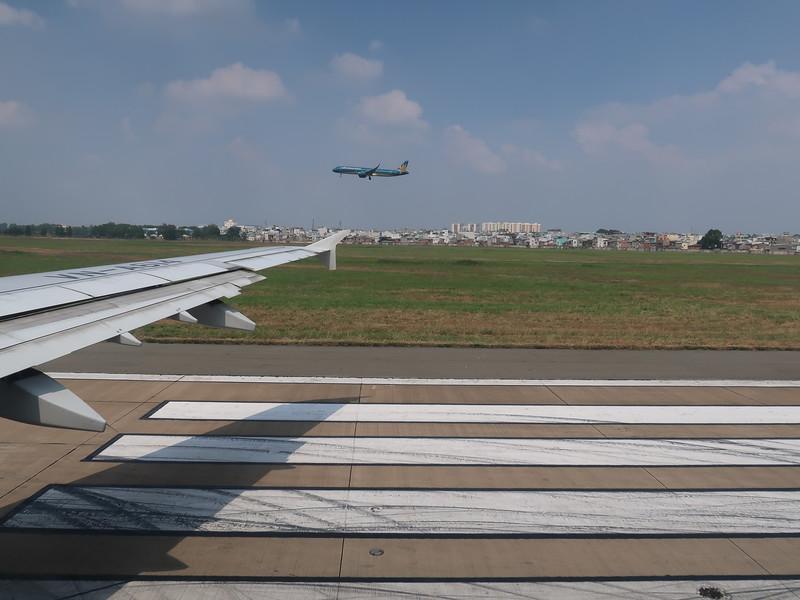 IMG_5593-takeoff-and-landing.JPG