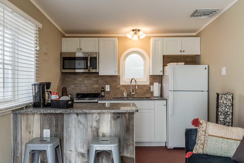 214 Sycamore Guest House