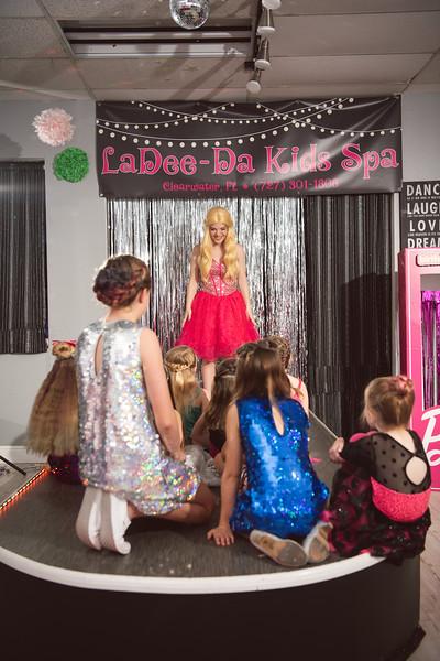 2020-0104-delaney-barbie-party-117.jpg