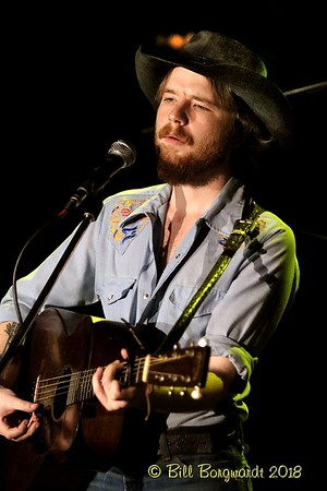 October 18, 2018 - Colter Wall with Blake Burglund at Union Hall