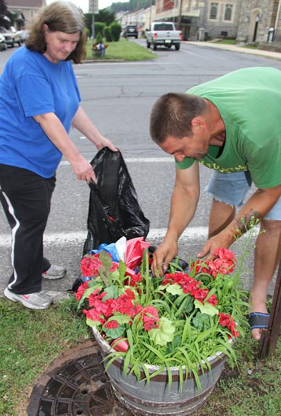 Good Samaritans Pulling Weeds, Lansford (6-30-2013)