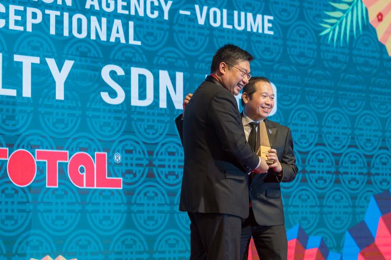 Star Propety Award Realty-750.jpg