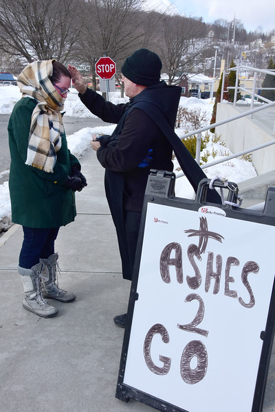 Ashes to go for Ash Wednesday - 030619