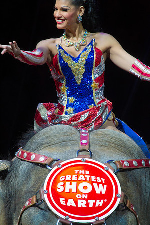 Ringling Bros. and Barnum & Bailey Circus - Built to Amaze (2014)