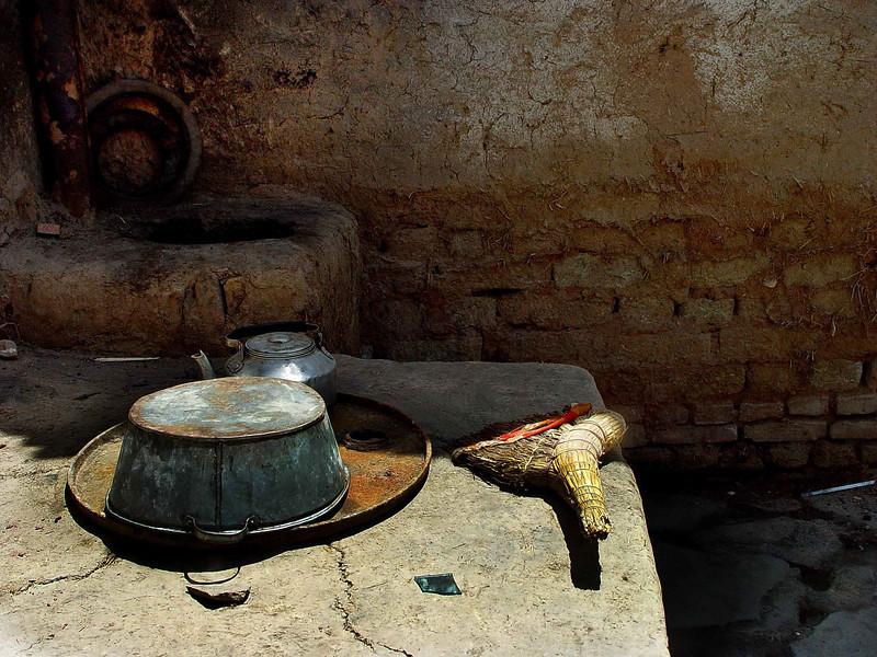 Kitchen in village near Kashgar DSC01974.jpg