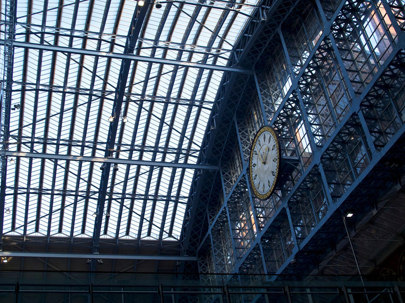 Clock above the Eurostar platforms, St Pancras railway station.