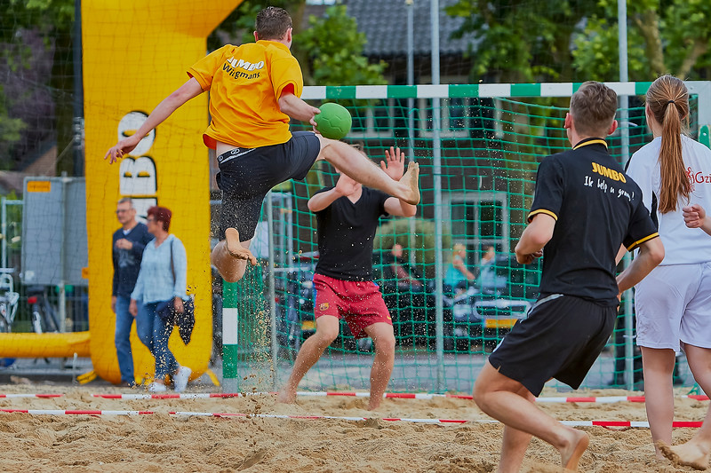 20160610 BHT 2016 Bedrijventeams & Beachvoetbal img 110.jpg