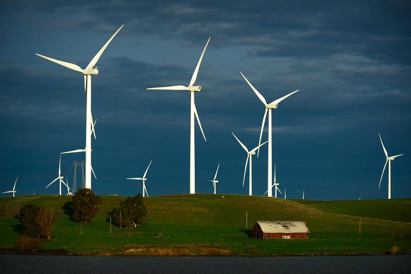 Delta Wind Turbines 2-0775.jpg