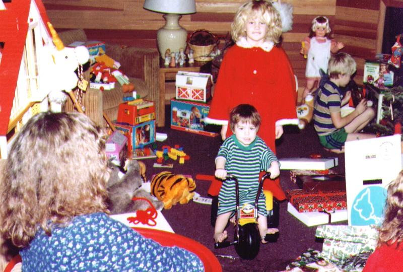 Michelle,Crissy,Joseph,Nate, Park City, 12-25-83  .jpg