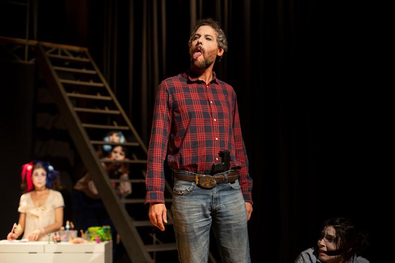 Allan Bravos - essenCIA Teatro - Persona 07-153.jpg