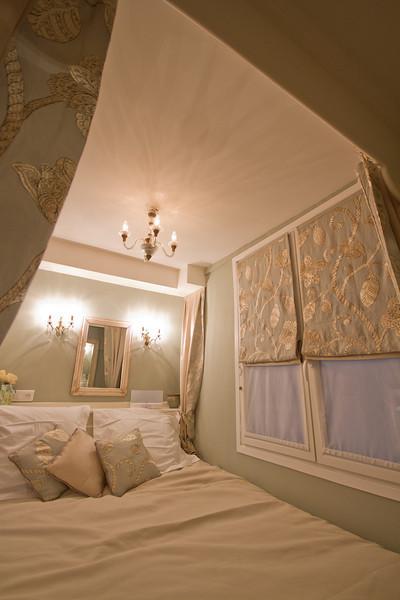 Marais Apartment December 2012-45.jpg