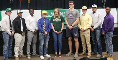 Suwannee High signing ceremony
