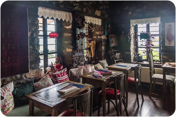 Feggaropetra Inn/ Palaios Panteleimon