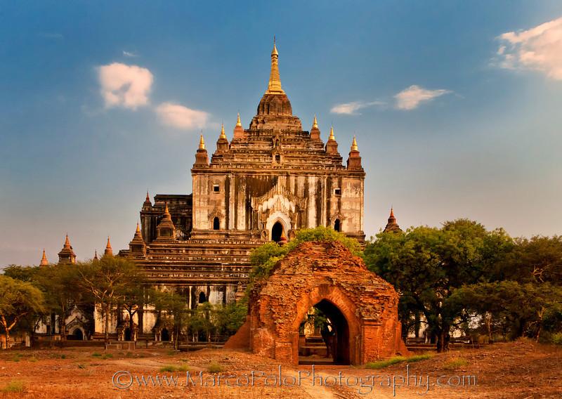 "Tatbyinnyu Temple. Bagan. 15"" x 10"""