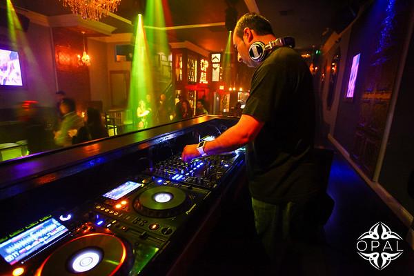 4/4 [DJ FM & Fabian Live@Opal]