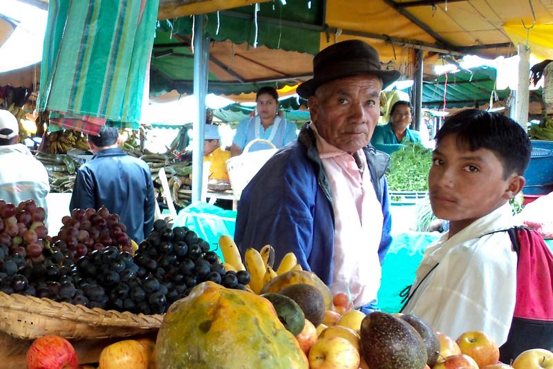 gualaceo-market-2_5365051474_o.jpg