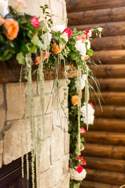 Daria_Ratliff_Photography_Styled_shoot_Perfect_Wedding_Guide_high_Res-64.jpg