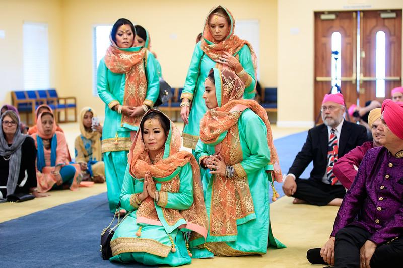 Neelam_and_Matt_Gurdwara_Wedding-1343.jpg