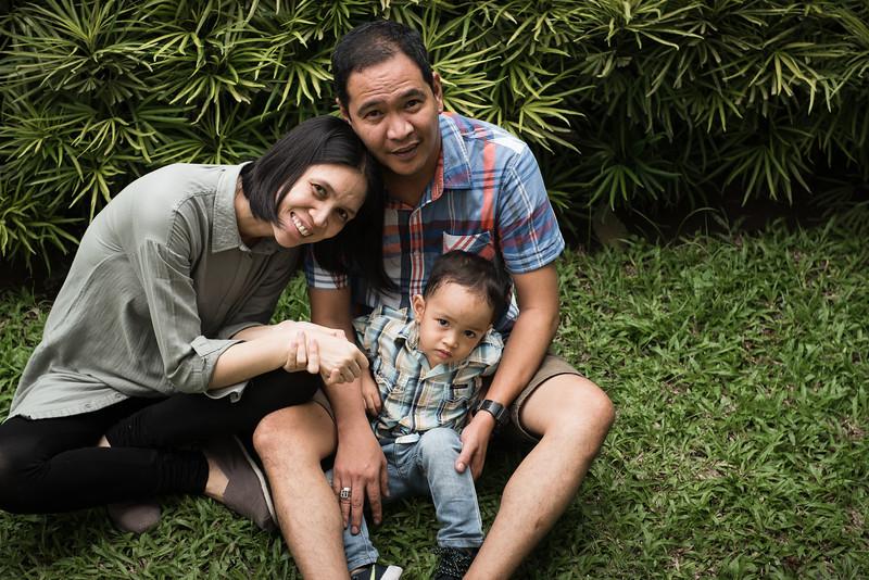 Velardes Family Portrait-38.jpg