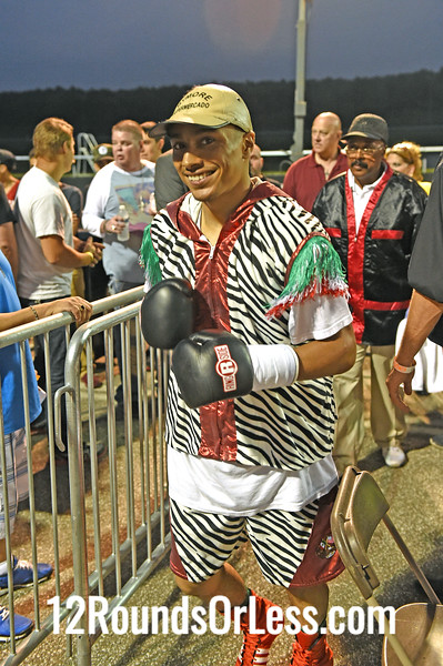Bout 7 Ramiro Hernandez, Cleveland -vs- DeWayne Wisdom, Indianapolis, Super Lightweight