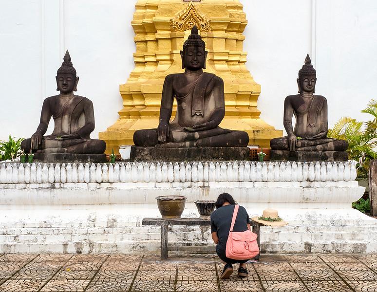 pakse temple.jpg