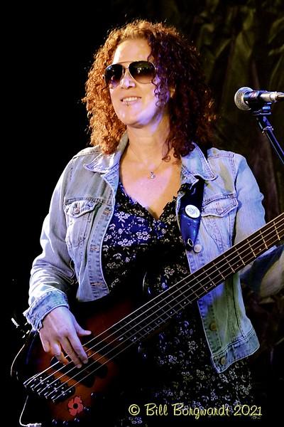 Lisa Dodd Watts - Ryan Lindsay - Darwell 8-21 302.jpg