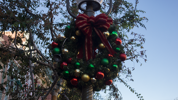 Disneyland Resort, Disneyland, Christmas, Holiday, Holidays, Christmas Time, Main Street USA, Main Street