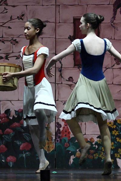 dance_050209_342.jpg