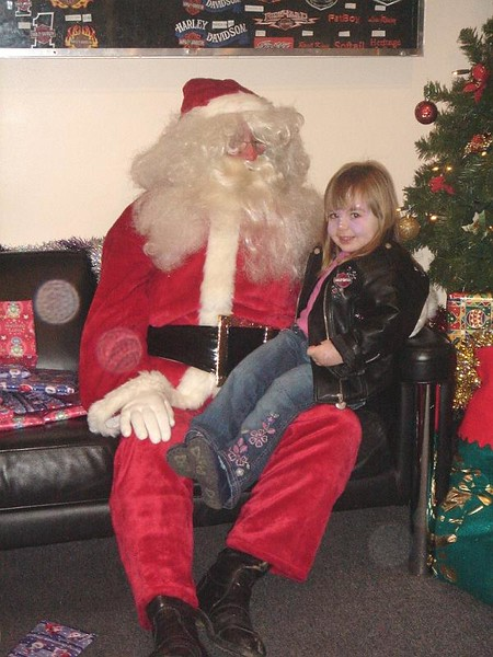 Santa at Stratstone 2005