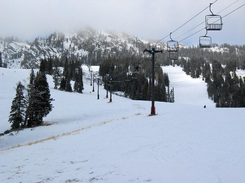 Jackson Hole mountain resort, mid-mountain   (Dec 11, 2006, 03:18pm)