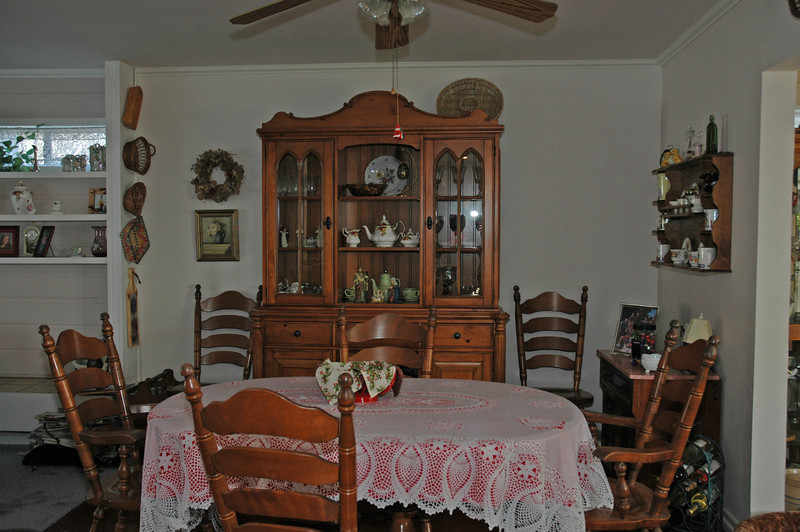 easthaven_10974 dining room.jpg