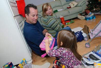 2009 12 25 Christmas at Dawn and Johns
