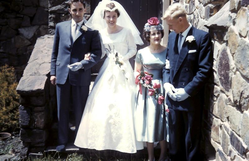 1960-11-5 (3) John, Gill, Denise & Graham.JPG
