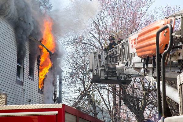 Paterson NJ 2nd alarm, 202 Pacific St. 03-30-16
