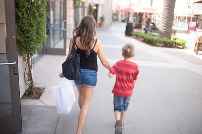Melissa & Son Shopping