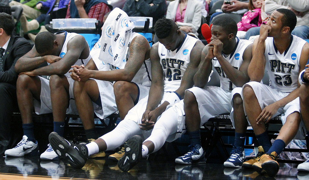 . The Pittsburgh bench looks on during the final minute of the second half during a second-round game with Wichita State in the NCAA college basketball tournament in Salt Lake City, Thursday, March 21, 2013. (AP Photo/Rick Bowmer)