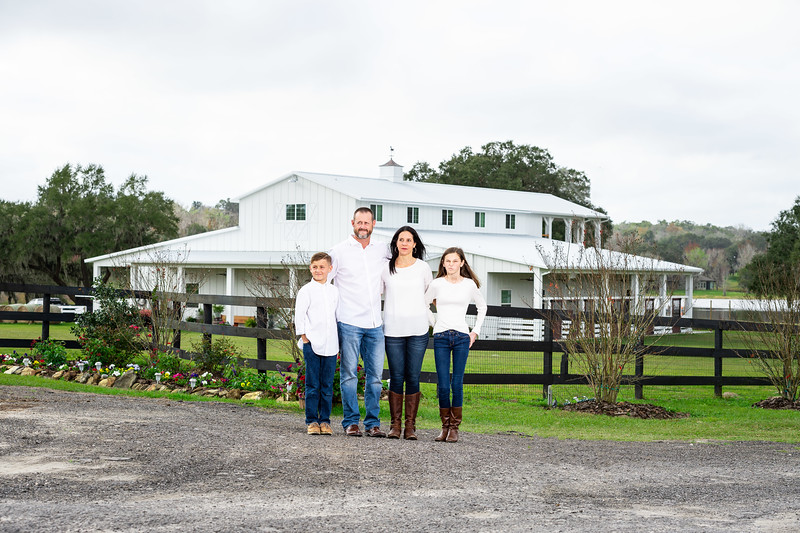 The Rinaldos at Covington Farm (23 of 89).jpg