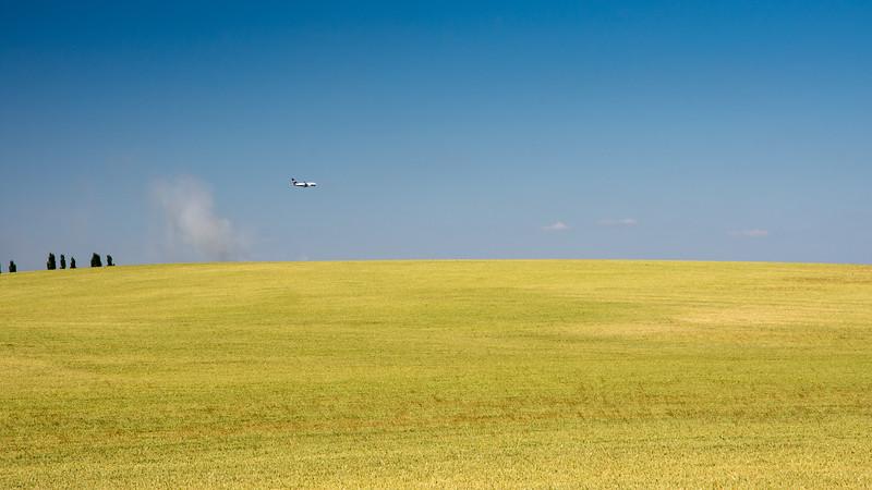 Aeroplane landing at East Midlands Airport