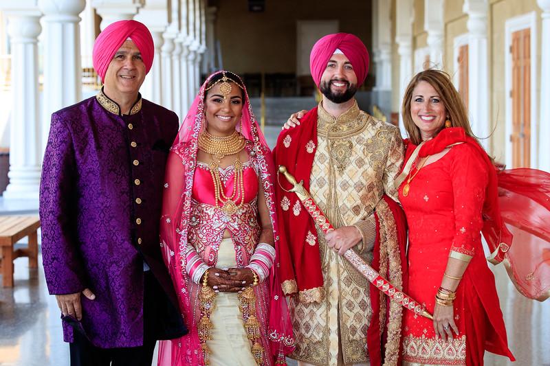 Neelam_and_Matt_Gurdwara_Wedding-1583.jpg