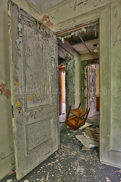 Abandoned Sleepy Hollow Mansion (18).jpg