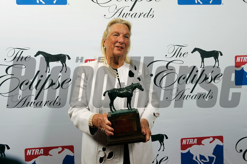 Charlotte Weber accepts Eclipse Award for World Approval Turf Male at 2018 Eclipse Awards, Gulfstream Park, FL 1.25.2018